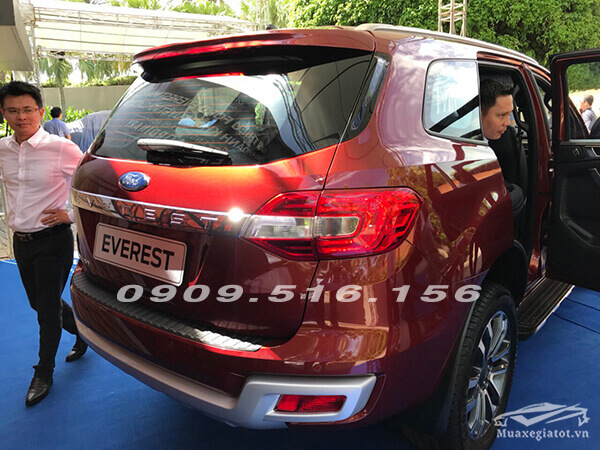 duoi-xe-ford-everest-2019-muaxebanxe-com-3