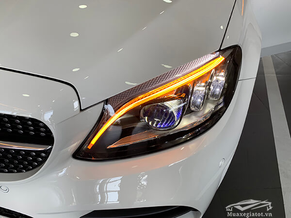 den-pha-xe-mercedes-c300-amg-2020-muaxegiatot-com-25