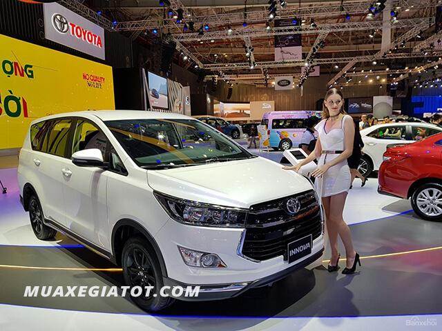 gia-xe-toyota-innova-2019-2020-muaxegiatot-com