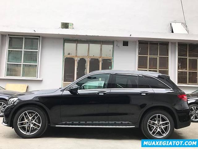 hong-xe-mercedes-glc-300-2019-2020-muaxegiatot-com-1