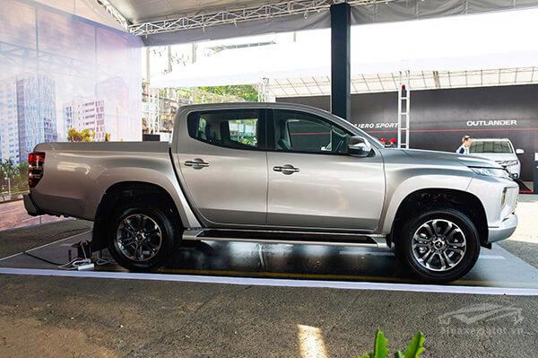 hong-xe-mitsubishi-triton-2020-muaxegiatot-com-4