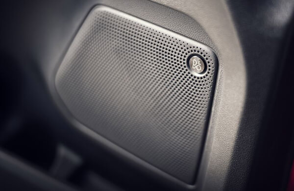 9-ra-mat-ford-escape-2020-muaxegiatot-com