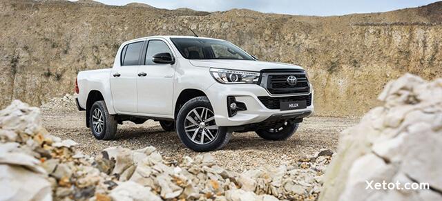 Xe-ban-tai-Toyota-Hilux-2020-Xetot-com