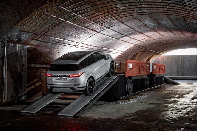 duoi-xe-range-rover-evoque-2020-muaxegiatot-com