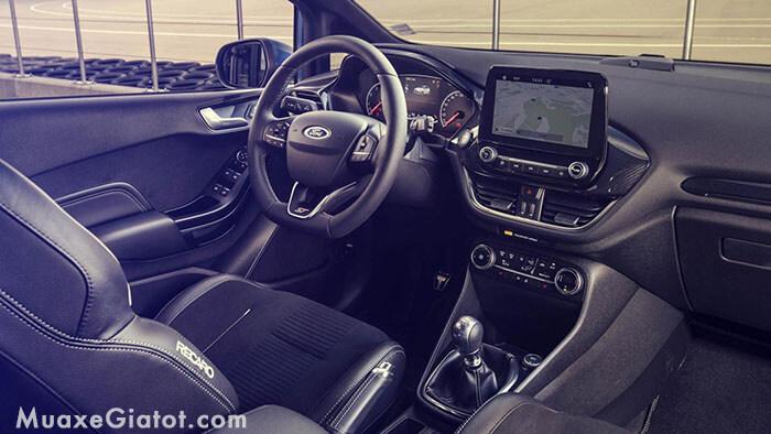 noi-that-xe-ford-fiesta-2020-muaxegiatot-com