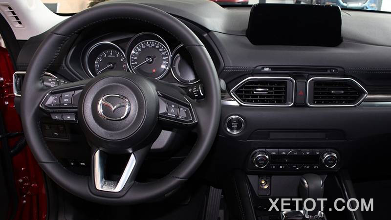 noi-that-xe-mazda-cx-5-luxury-2-0-2wd-2020-xetot-com