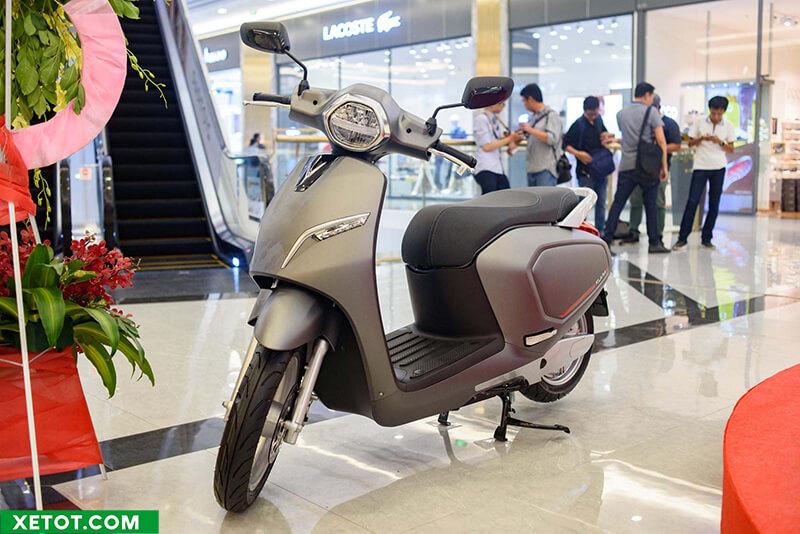 """xe may dien vinfast klara 2019 2020 xetot com - Đánh giá Vinfast Klara 2021, Xe máy điện thông minh """"Made in Vietnam"""""""