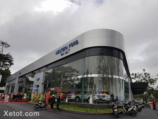 15 - Giới thiệu Ford Đà Lạt, đại lý chuẩn 5S mới khai trương