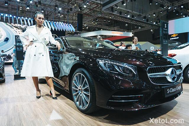 So với các bản sedan, Mercedes-Benz S450 4Matic Coupe hướng đến những đối tượng khách hàng trẻ tuổi hơn.