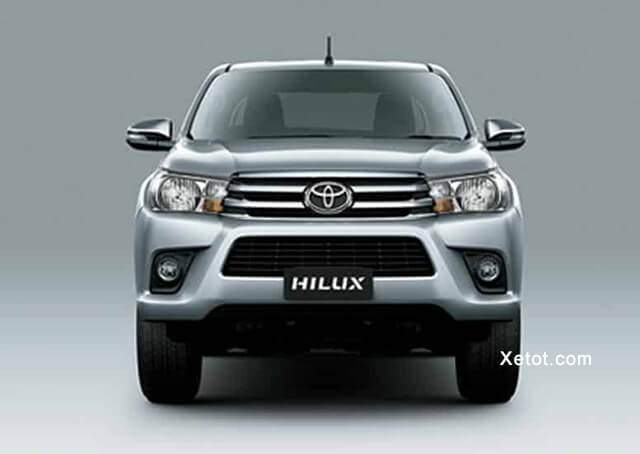 can-truoc-toyota-hilux-2-4-4-2-mt-2020-so-san-Xetot-com