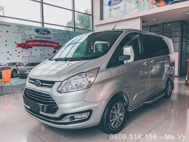 danh-gia-xe-ford-tourneo-2020-Xetot-com