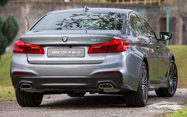 duoi-xe-bmw-530i-2020-g30-m-sport-Xetot-com-12