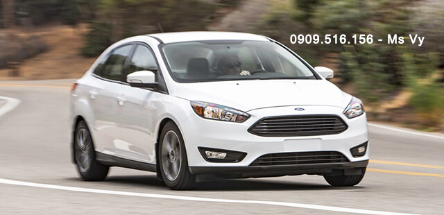 gia-xe-ford-focus-2020-Xetot-com