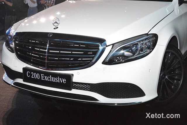 luoi-tan-nhiet-mercedes-benz-c200-exclusive-2020-02-Xetot-com