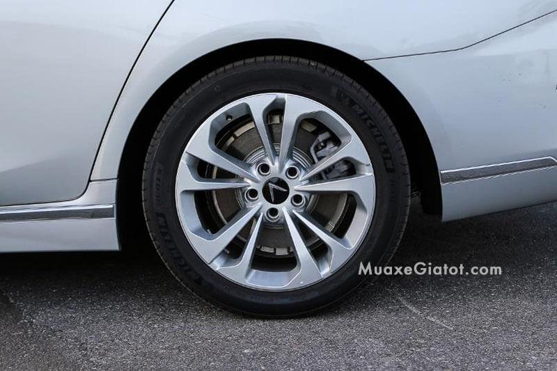 mam-xe-vinfast-lux-a20-sedan-2020-ban-thuong-mai-Xetot-com