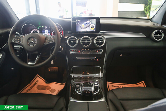 noi-that-mercedes-glc-200-2020-Xetot-com