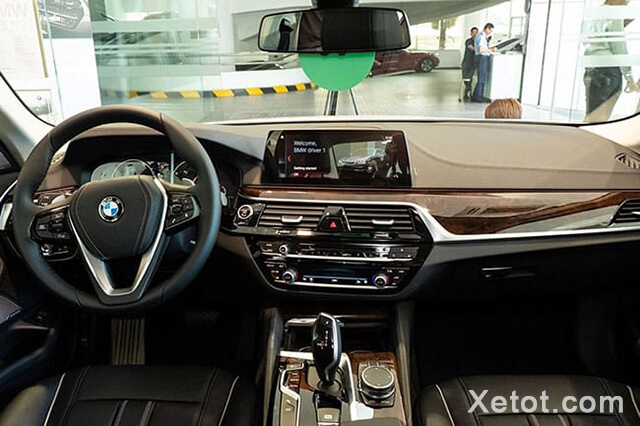 noi-that-xe-bmw-520i-2020-Xetot-com