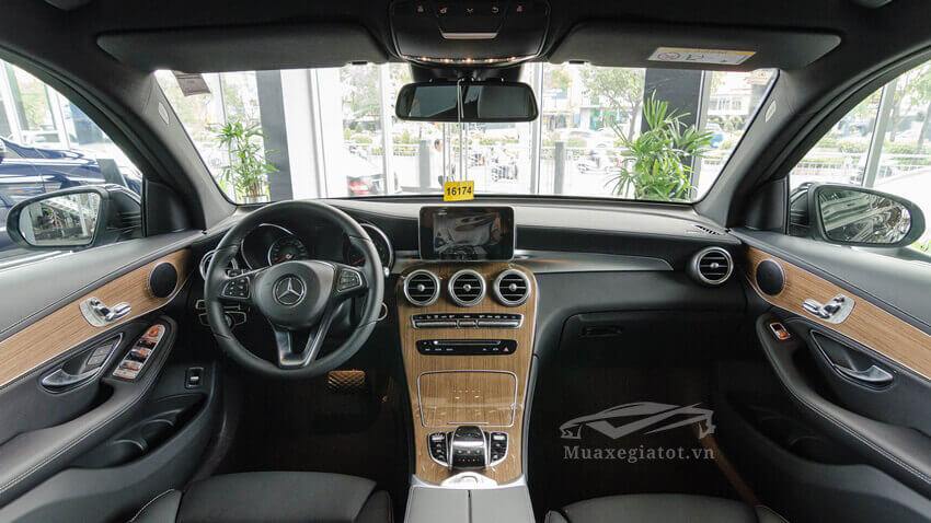noi-that-xe-mercedes-glc-250-4matic-2020-muaxexetot-vn-13