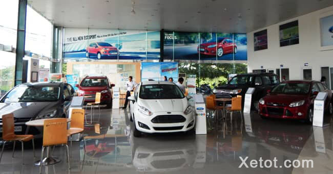 showroom-trung-bay-ford-dalat-Xetot-com