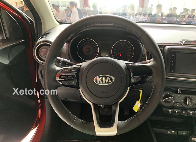 """volang xe kia soluto 2019 2020 ban at deluxe Xetot com - Soluto AT Deluxe - """"Tân binh"""" sáng giá trong phân khúc B"""