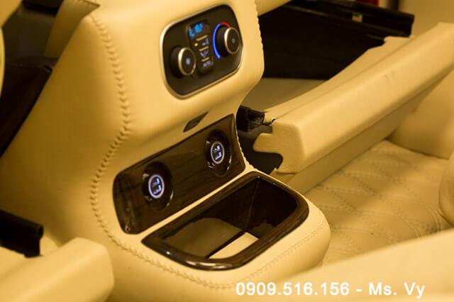 6-noi-that-xe-ford-tourneo-limousine-2020-Xetot-com