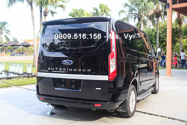 duoi-xe-ford-tourneo-limousine-2020-Xetot-com