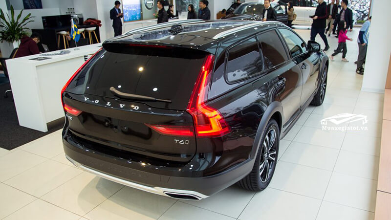 duoi-xe-volvo-v90-cross-country-2020-Xetot-com-9