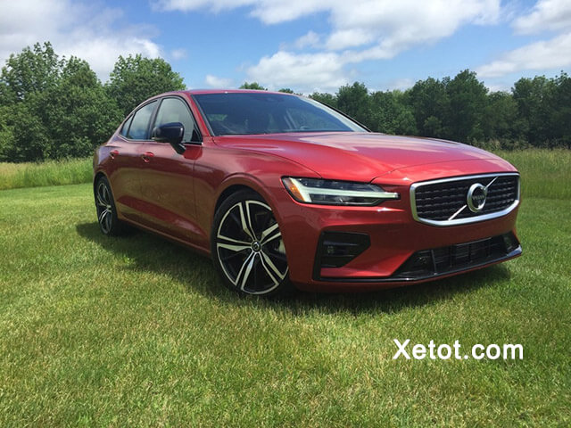 gia-xe-volvo-s60-2020-Xetot-com