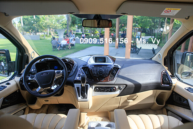 khoang-cabin-xe-ford-tourneo-limousine-2020-Xetot-com