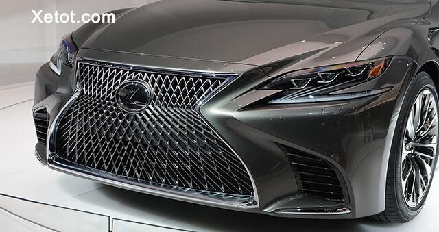 luoi-tan-nhiet-lexus-ls500-2020-Xetot-com