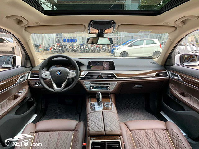 noi-that-bmw-740li-2020-xetot-com
