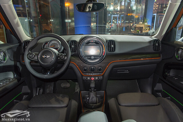 noi-that-xe-mini-countryman-2020-Xetot-com-21-