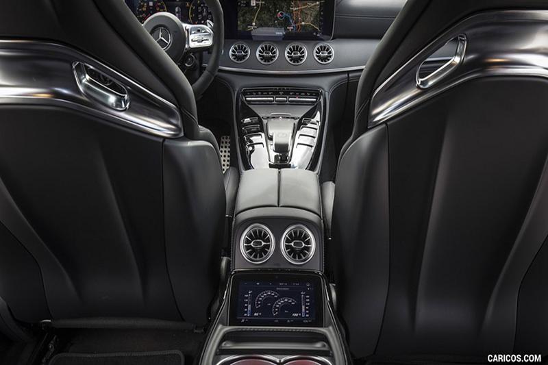 tien-nghi-mercedes-amg-gt-53-4-door-coupe-2020-Xeotot-com