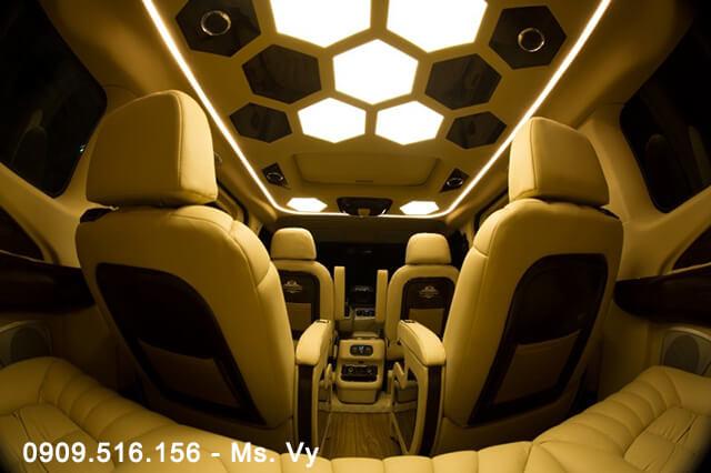 tran-xe-ford-tourneo-limousine-2020-Xetot-com