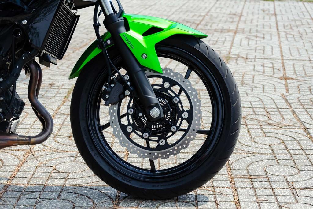 Kawasaki Z400 09 Xetot - Đánh giá Kawasaki Z400 2021: Naked bike trẻ trung đối đầu Honda CB300R