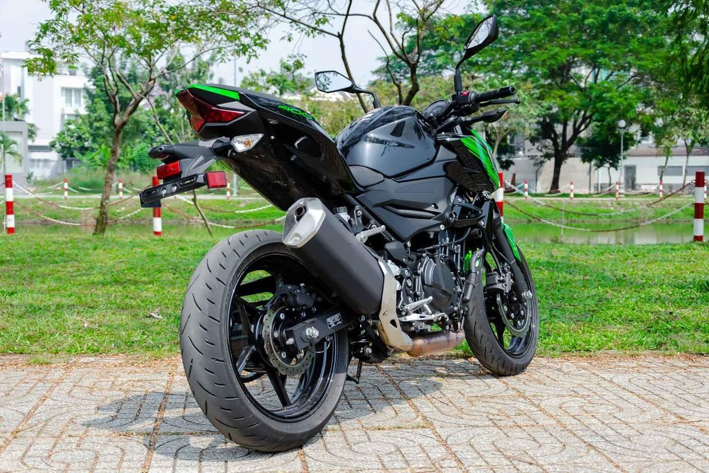Kawasaki Z400 23 Xetot - Đánh giá Kawasaki Z400 2021: Naked bike trẻ trung đối đầu Honda CB300R