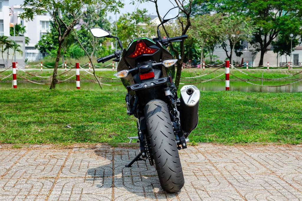 Kawasaki Z400 25 Xetot - Đánh giá Kawasaki Z400 2021: Naked bike trẻ trung đối đầu Honda CB300R