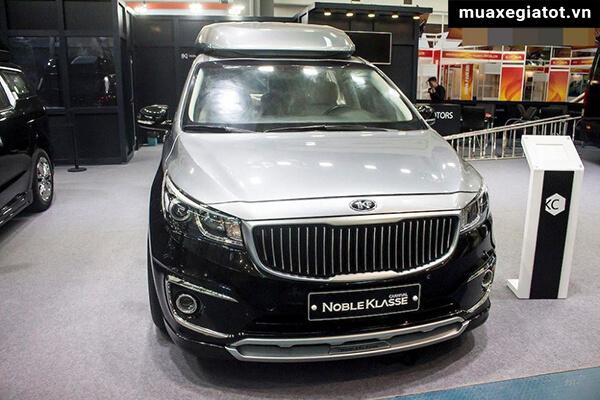 dau-xe-kia-sedona-limousine-2020-xetot-com-2