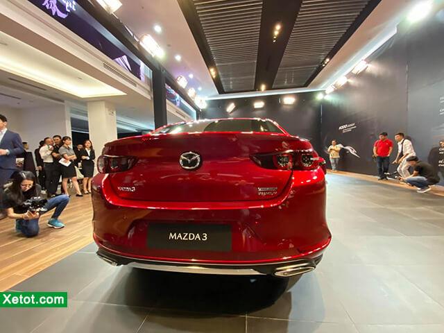 duoi-xe-mazda-3-2020-hatchback-xetot-com