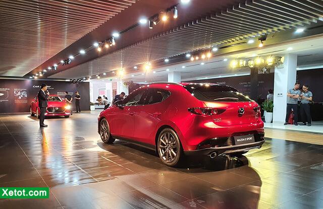 duoi-xemazda-3-2020-hatchback-xetot-com