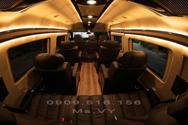 Giới thiệu Ford Transit Limousine 2020 độc quyền tại Sài Gòn Ford
