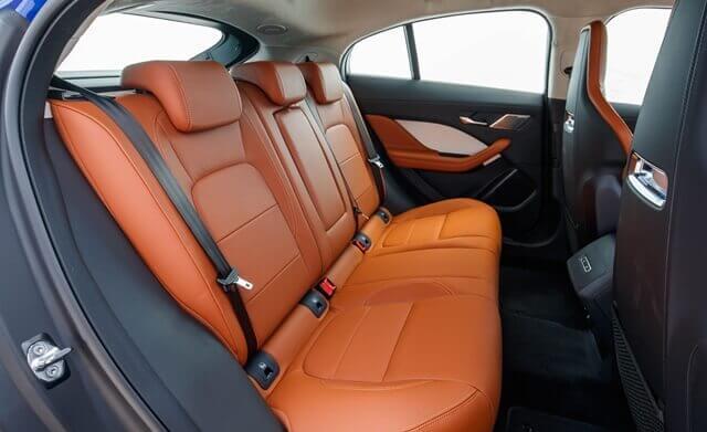 hang ghe sau xe jaguar i pace muaxegiatot vn - Đánh giá xe Jaguar I-Pace 2021 - Cảm xúc Anh Quốc