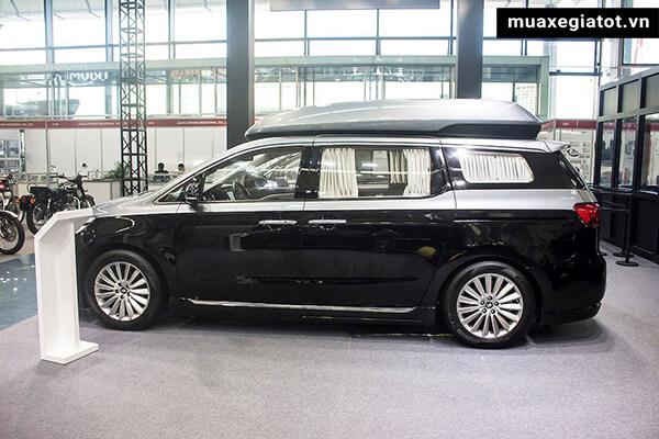 hong-xe-kia-sedona-limousine-2020-xetot-com-11