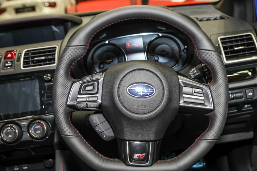 noi that subaru wrx sti 05 80627j - Đánh giá xe Subaru WRX Sti 2021 - Trải nghiệm xe đua