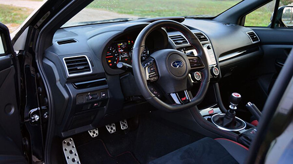 noi that subaru wrx sti 2020 xetot com - Đánh giá xe Subaru WRX 2021 - Chiến binh mạnh mẽ