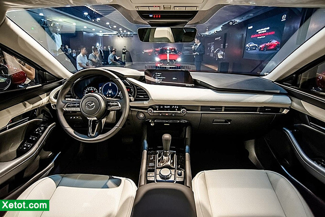 noi-that-xe-mazda-3-2020-ban-sedan-xetot-com
