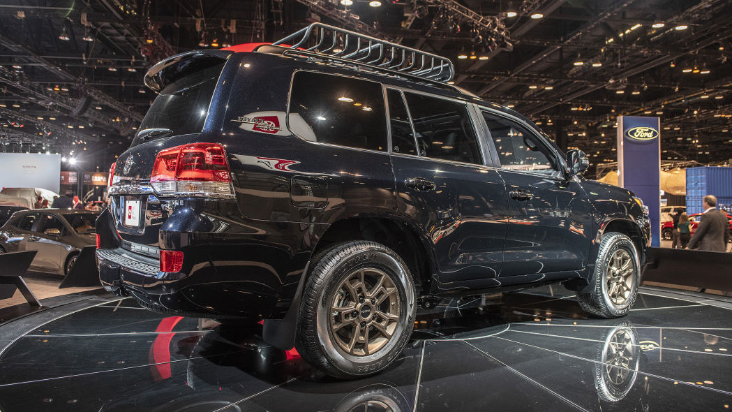 than-xe-2020-toyota-land-cruiser-heritage-edition-xetot-com