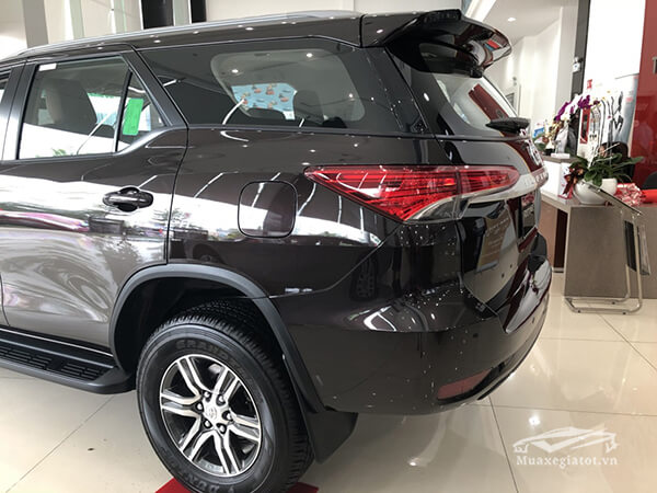 den-hau-fortuner-24g-mt-may-dau-so-san-xetot-com-5