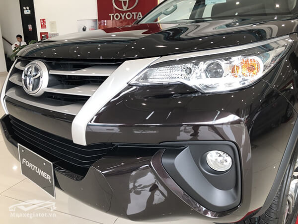 den-xe-fortuner-24g-mt-may-dau-so-san-xetot-com-9
