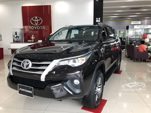 gia-xe-fortuner-24g-mt-may-dau-so-san-xetot-com-4